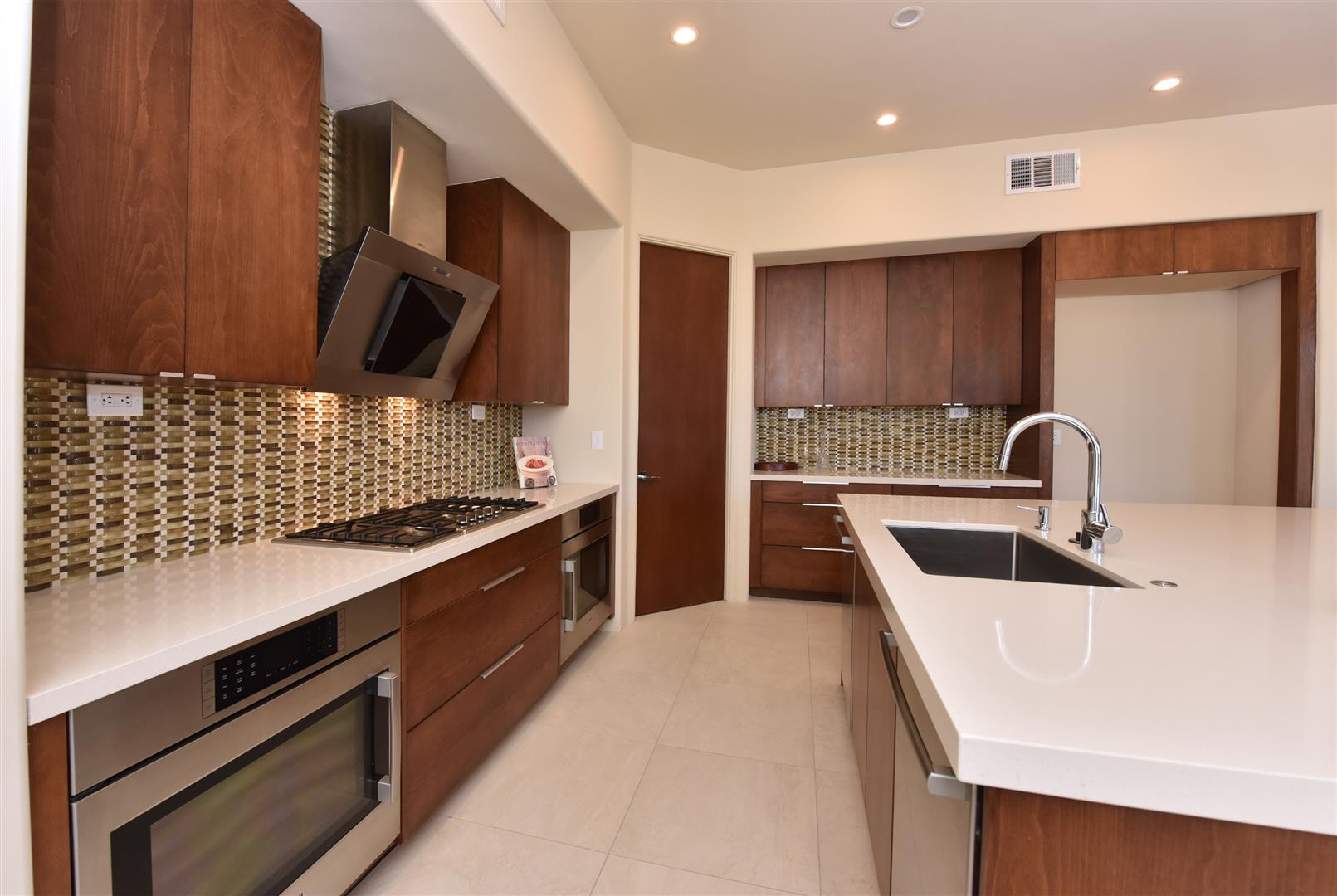 In This Contemporary North Scottsdale Home We Used Maple Frameless Cabinets  With Med Stain From Canyon Creek Cabinet Companyu0027s Millennia Line.