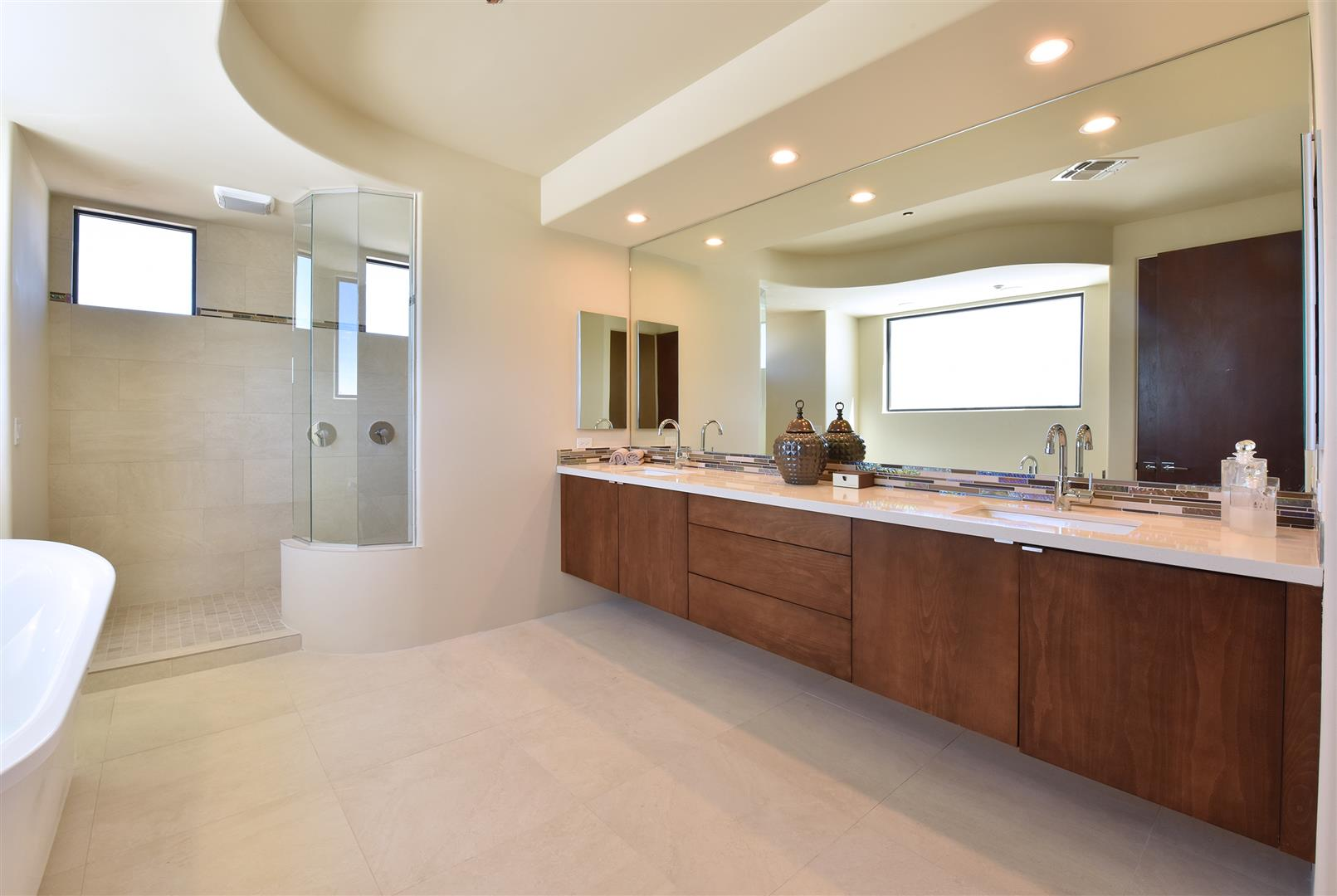 Cabinet And Finish. Manufacturer: Canyon Creek